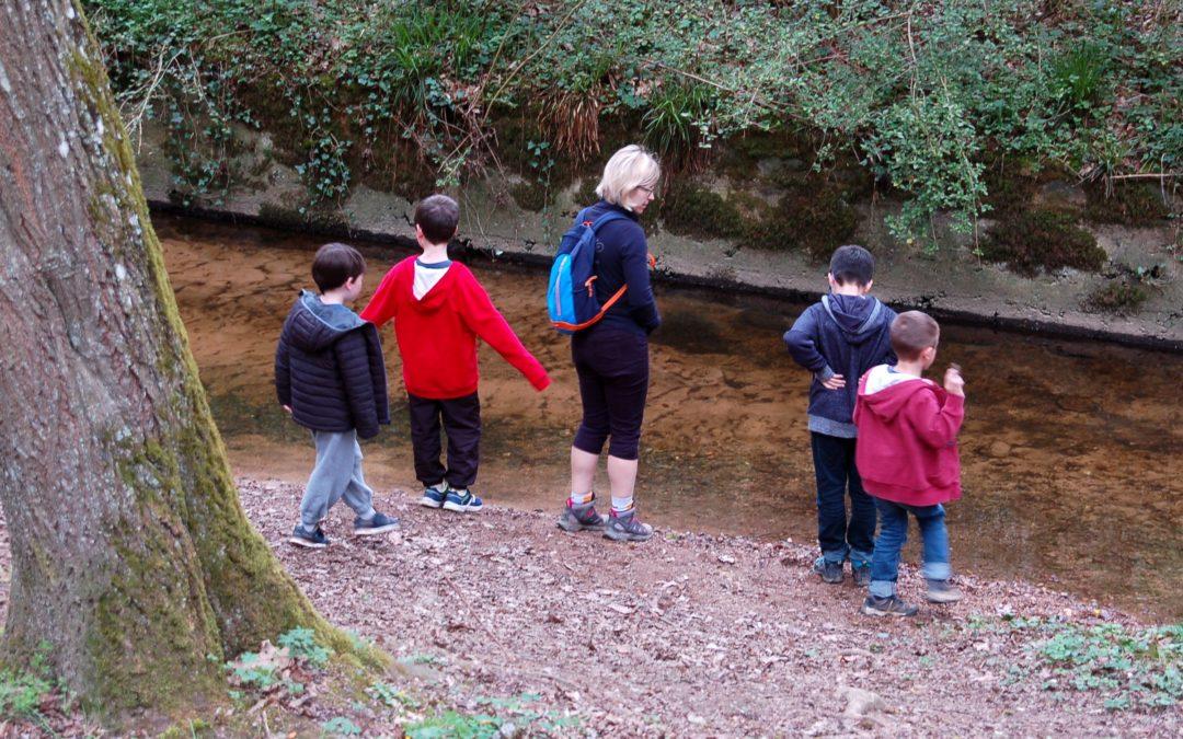 La connexion à la nature rendrait les enfants plus heureux